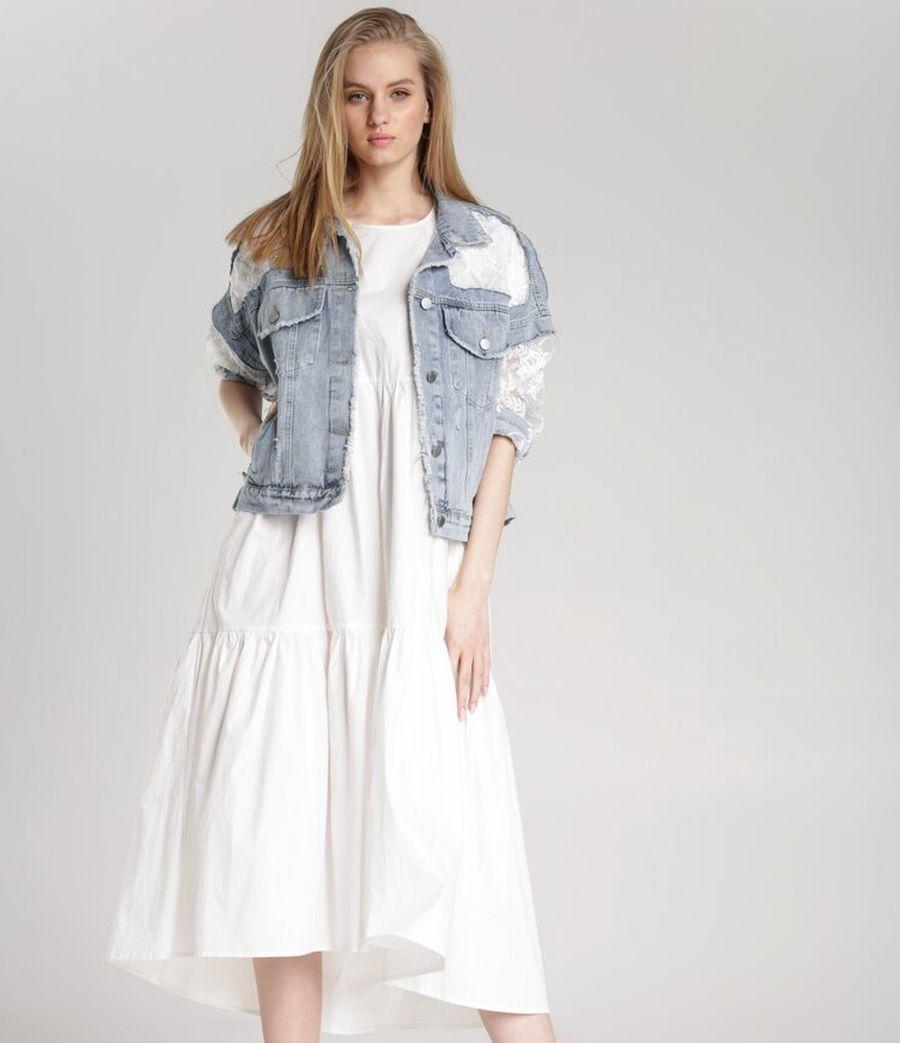 Sukienki z falbanami dla puszystych
